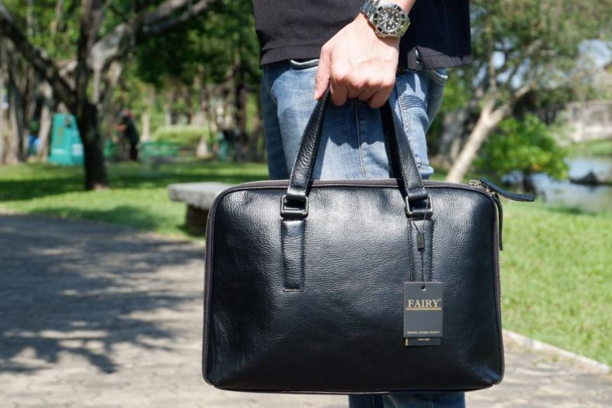 กระเป๋าหนังผู้ชาย